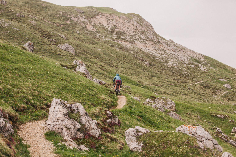 V italijanskih Dolomitih na trasi Trans-Dolomiti