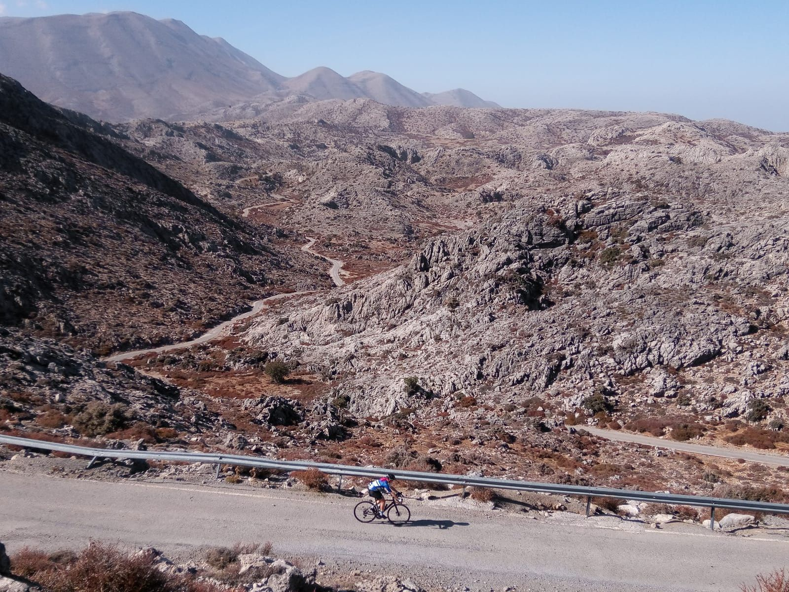 Cesta do observatorija Skinakas