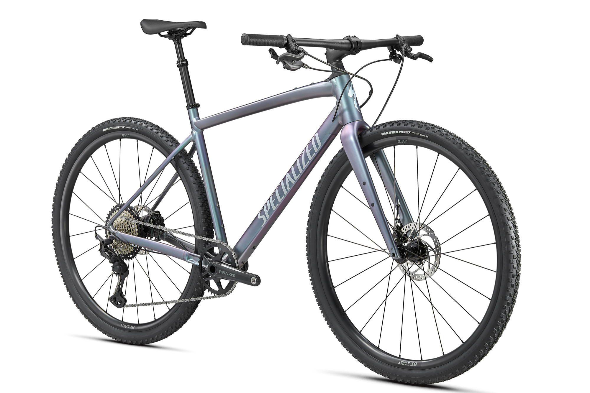 Specialized Diverge EVO je poskus gravel kolesa z ravnim krmilom.