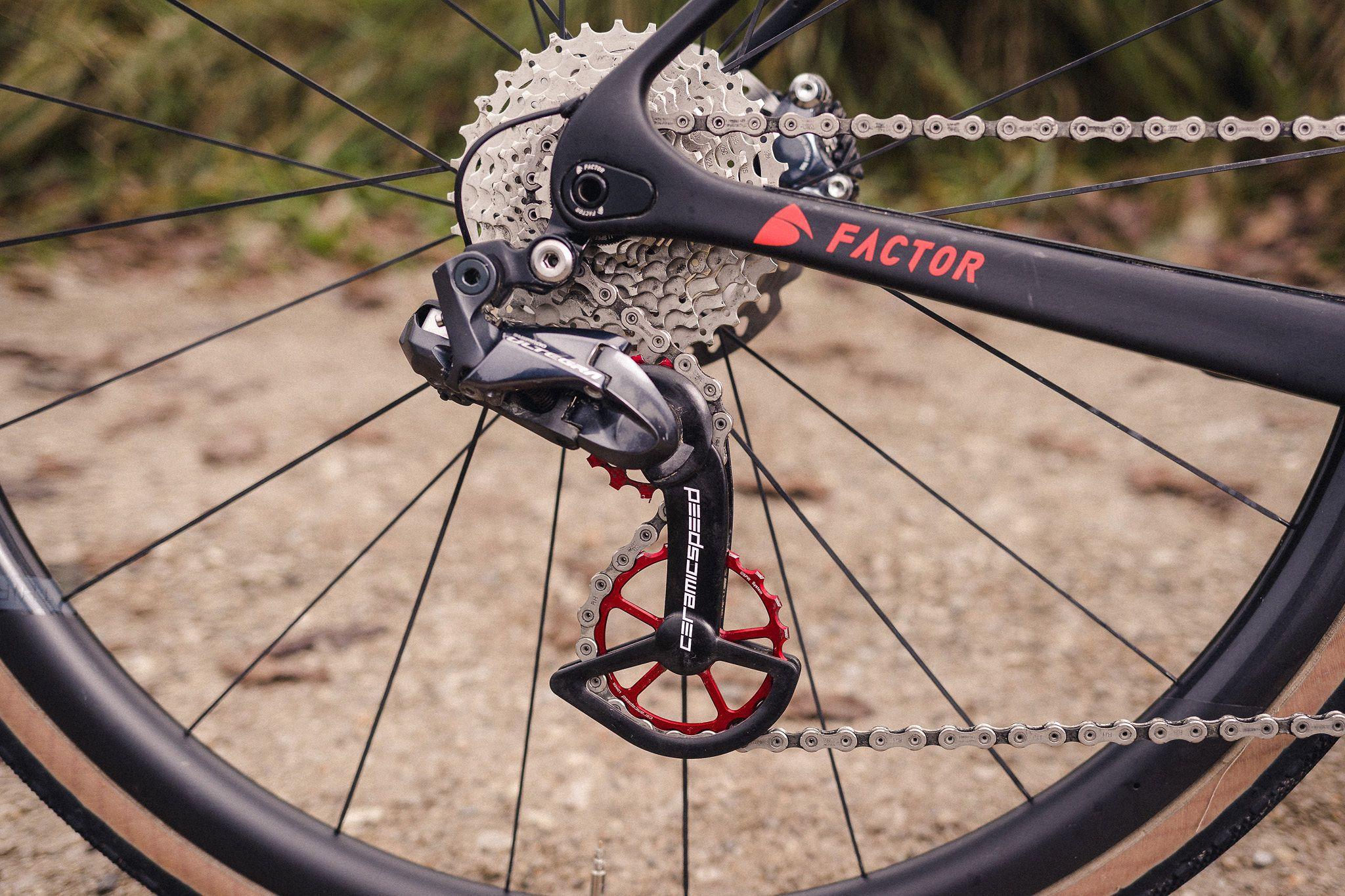 Pri VS Bike lahko izberete tudi barvo CeramicSpeedovega koleščka, na katerega lahko tudi napišejo ... vaše ime, na primer.